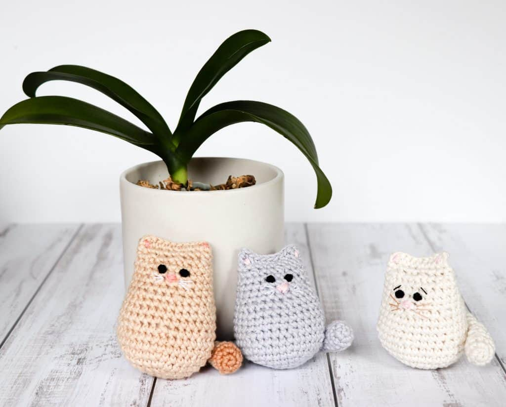 Black Crochet Cat – Miniature edition – ZoeCreates | 824x1024