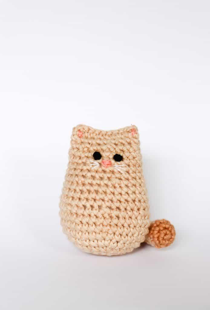 Free Playing Cats Crochet Amigurumi Pattern - Little Bear Crochets | 1024x694