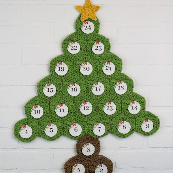 crochet christmas tree advent calendar