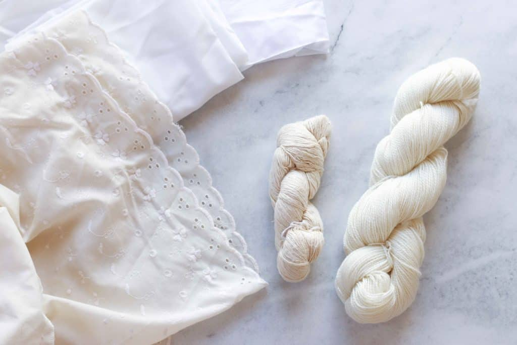 undyed yarn and cotton